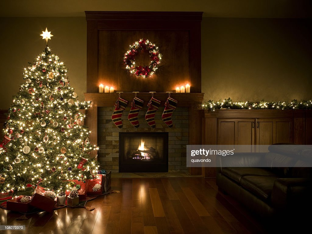 Adorned Christmas Tree, Wreath, and Garland Inside Living Room, Copyspace : Stock Photo