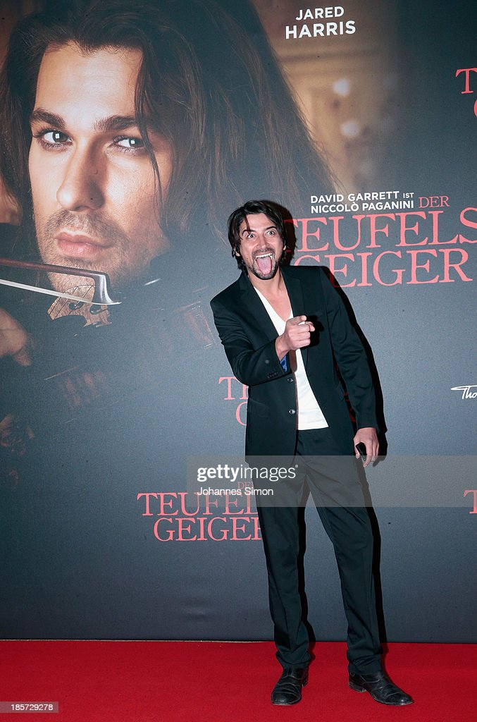 Adrian Can arrives for the 'Der Teufelsgeiger' Premiere on October 24, 2013 in Munich, Germany.