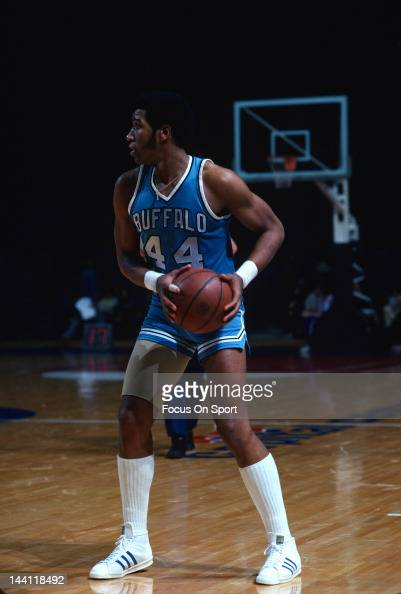 Adrian Dantley Stock Photos and Pictures | Getty Images