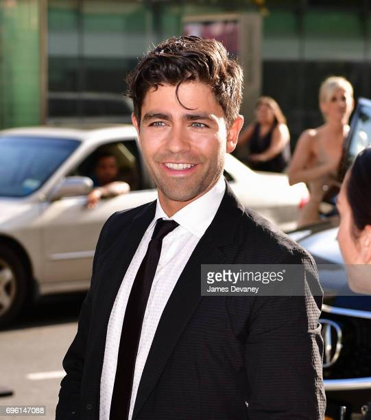 Adrian Grenier arrives to the 2017 Fragrance Foundation Awards at Alice Tully Hall on June 14 2017 in New York City