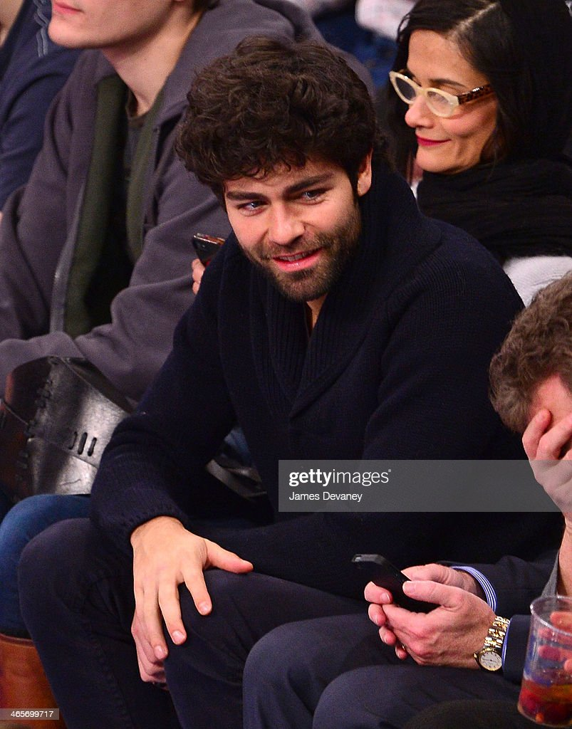 <a gi-track='captionPersonalityLinkClicked' href=/galleries/search?phrase=Adrian+Grenier&family=editorial&specificpeople=211413 ng-click='$event.stopPropagation()'>Adrian Grenier</a> attends the Boston Celtics vs New York Knicks game at Madison Square Garden on January 28, 2014 in New York City.