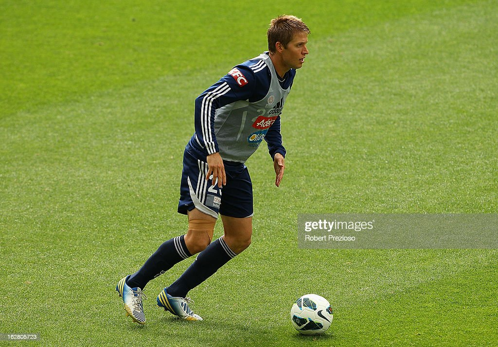 <a gi-track='captionPersonalityLinkClicked' href=/galleries/search?phrase=Adrian+Leijer&family=editorial&specificpeople=793956 ng-click='$event.stopPropagation()'>Adrian Leijer</a> controls the ball during a Melbourne Victory A-League training session at AAMI Park on February 28, 2013 in Melbourne, Australia.