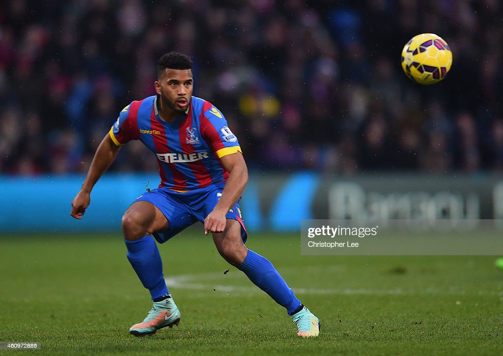 <a gi-track='captionPersonalityLinkClicked' href=/galleries/search?phrase=Adrian+Mariappa&family=editorial&specificpeople=661604 ng-click='$event.stopPropagation()'>Adrian Mariappa</a> of Crystal Palace during Barclays Premier League match between Crystal Palace and Southampton at Selhurst Park on December 26, 2014 in London, England.