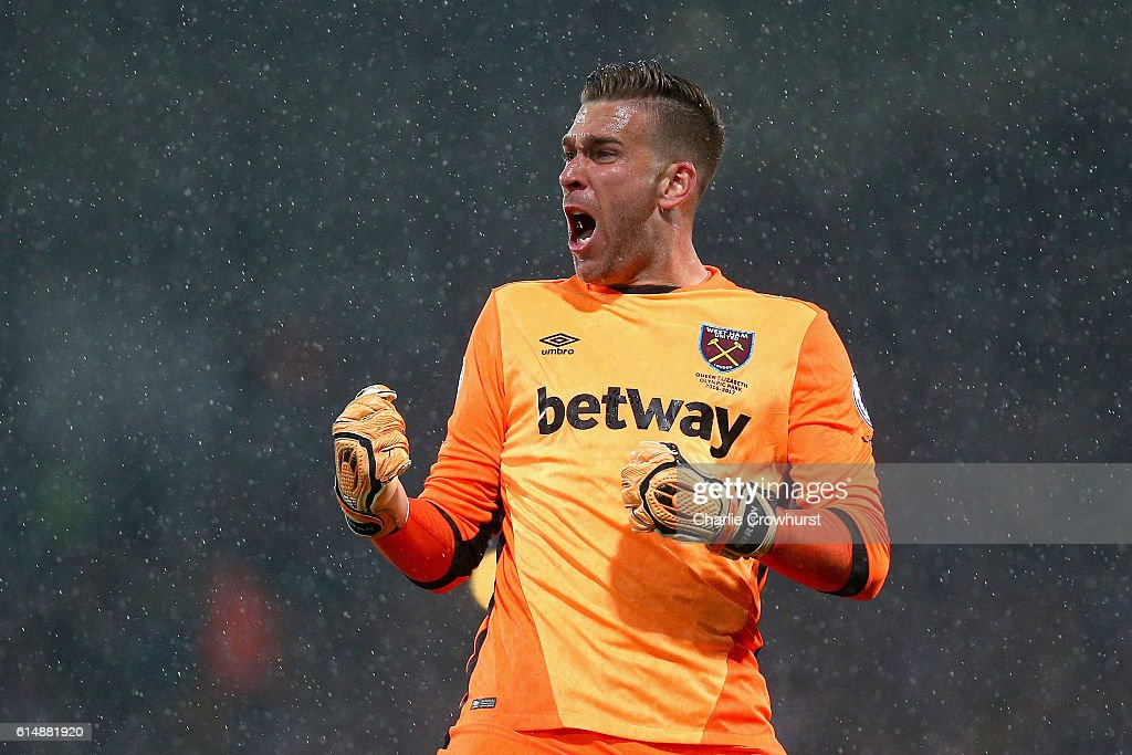 Adrian of West Ham United celebrates as Manuel Lanzini of West Ham United scores their first goal during the Premier League match between Crystal Palace and West Ham United at Selhurst Park on October 15, 2016 in London, England.