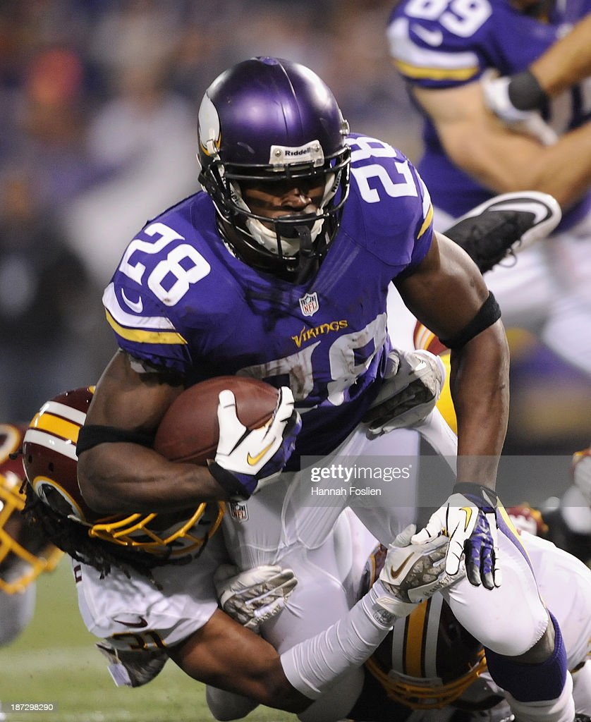 Adrian Peterson #28 of the Minnesota Vikings carries the ball during the second quarter of the game against the Washington Redskins on November 7, 2013 at Mall of America Field at the Hubert H. Humphrey Metrodome in Minneapolis, Minnesota.