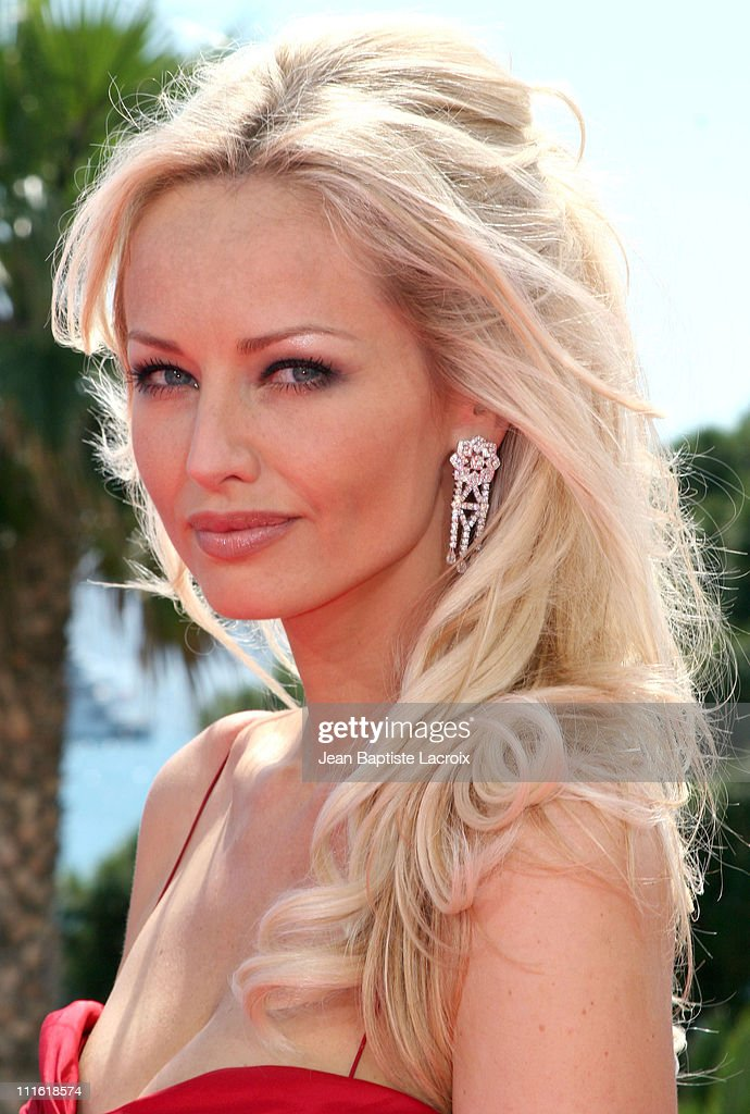 <a gi-track='captionPersonalityLinkClicked' href=/galleries/search?phrase=Adriana+Karembeu&family=editorial&specificpeople=207098 ng-click='$event.stopPropagation()'>Adriana Karembeu</a> during 2006 Cannes Film Festival - <a gi-track='captionPersonalityLinkClicked' href=/galleries/search?phrase=Adriana+Karembeu&family=editorial&specificpeople=207098 ng-click='$event.stopPropagation()'>Adriana Karembeu</a> visit TMC in Cannes, France.