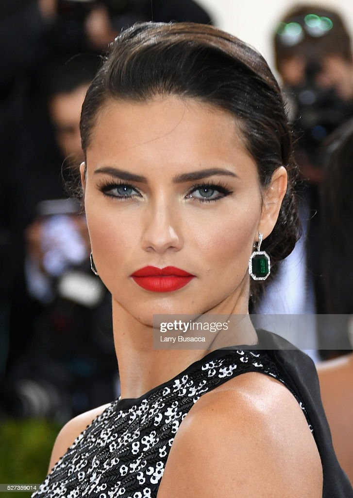 Adriana Lima attends the 'Manus x Machina: Fashion In An Age Of Technology' Costume Institute Gala at Metropolitan Museum of Art on May 2, 2016 in New York City.