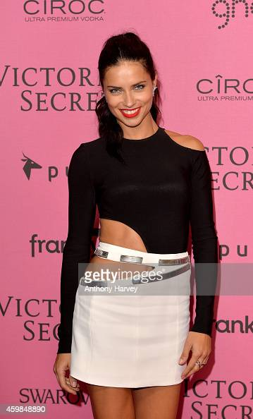 Adriana Lima attends the pink carpet of the 2014 Victoria's Secret Fashion Show on December 2 2014 in London England