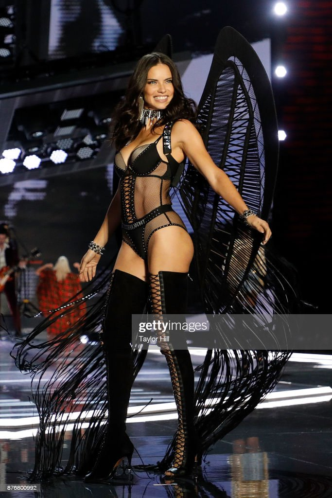 Adriana Lima walks the runway during the 2017 Victoria's Secret Fashion Show at Mercedes-Benz Arena on November 20, 2017 in Shanghai, China.