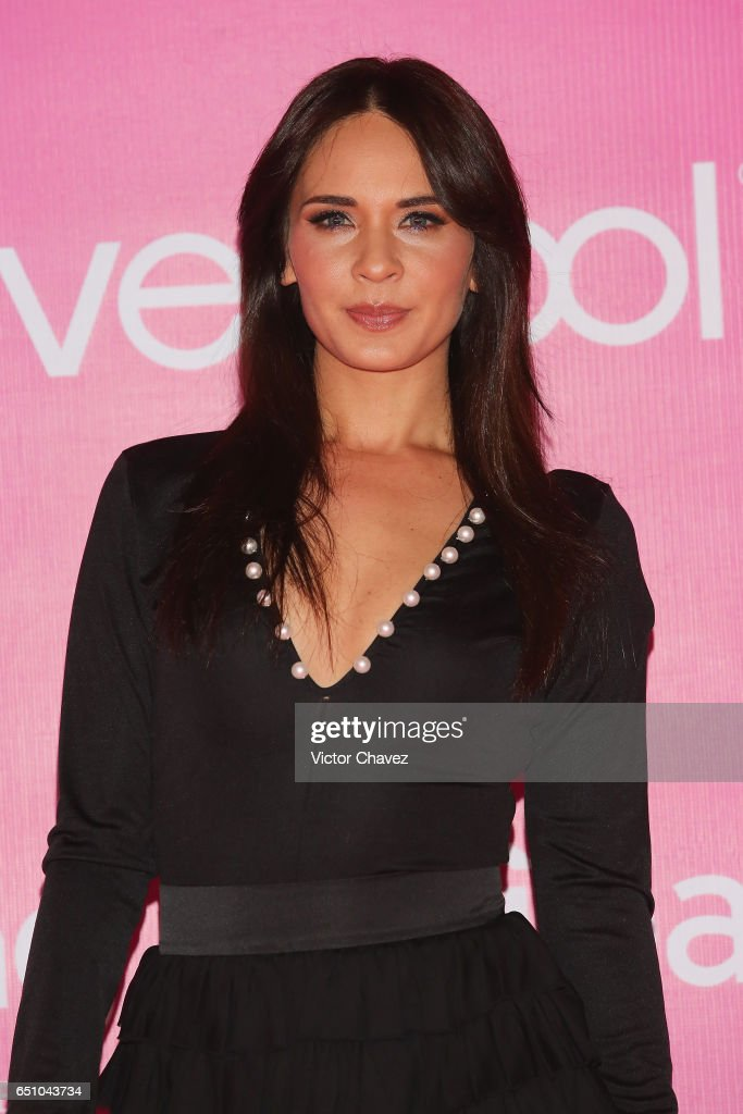 http://media.gettyimages.com/photos/adriana-louvier-attends-the-liverpool-fashion-fest-springsummer-2017-picture-id651043734