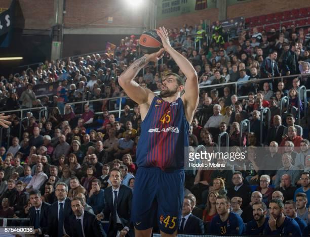 Adrien Moerman #45 of FC Barcelona Lassa in action during the 2017/2018 Turkish Airlines EuroLeague Regular Season Round 8 game between FC Barcelona...