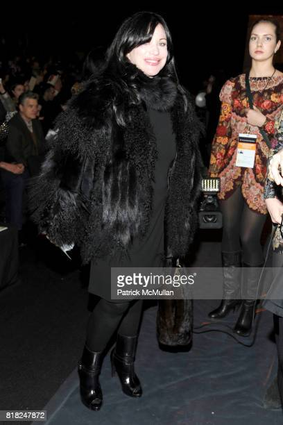 Adrienne Landau attends ANNA SUI Fall 2010 Collection at The Tent on February 17 2010 in New York City