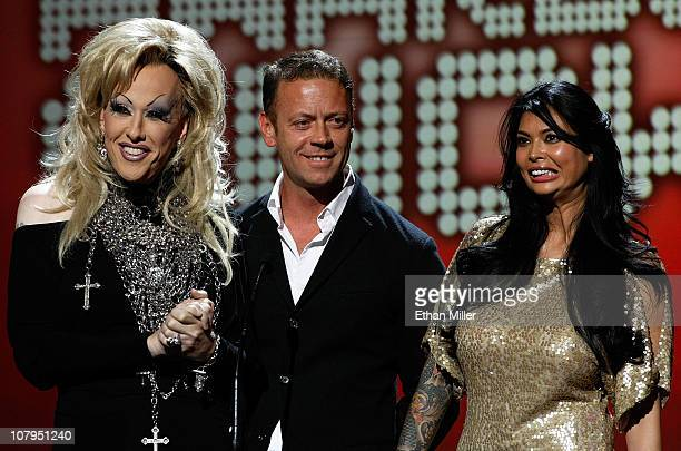 Adult film actors Chi Chi LaRue Rocco Siffredi and Tera Patrick present an award at the 28th annual Adult Video News Awards Show at The Pearl concert...