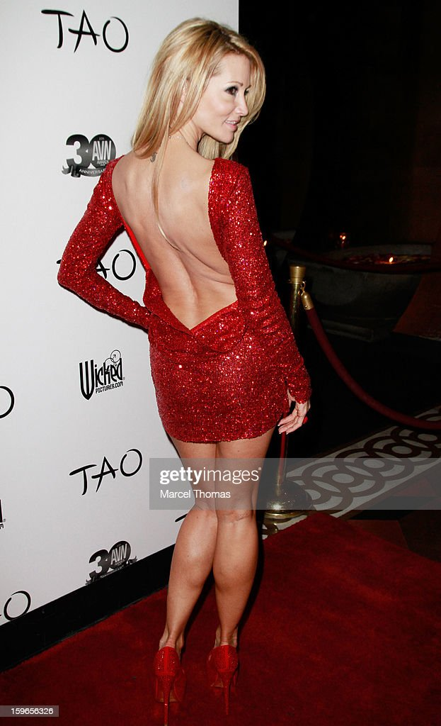 Adult film actress Jessica Drake attends the official AVN Awards pre-party at the Tao Nightclub at The Venetian on January 17, 2013 in Las Vegas, Nevada.