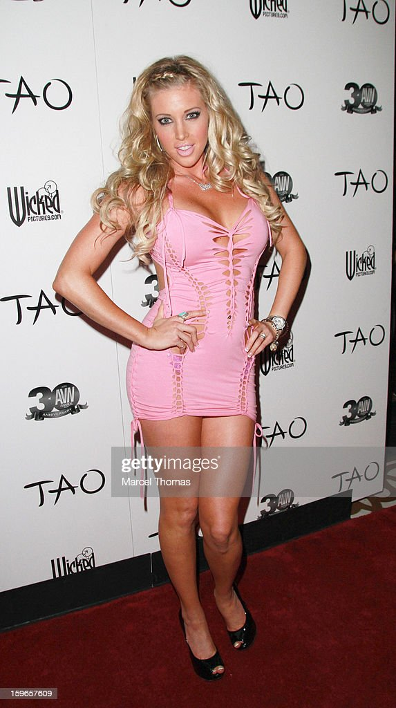 Adult film actress Samantha Saint attends the official AVN Awards pre-party at the Tao Nightclub at The Venetian on January 17, 2013 in Las Vegas, Nevada.