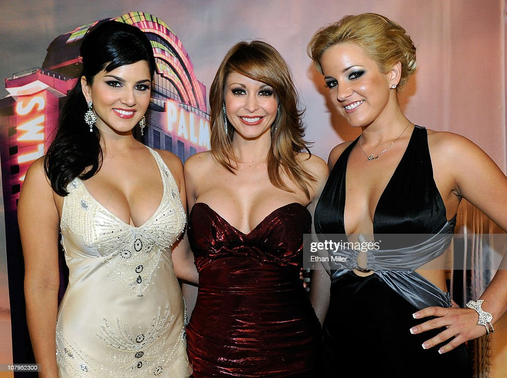 Adult film actresses <a gi-track='captionPersonalityLinkClicked' href=/galleries/search?phrase=Sunny+Leone&family=editorial&specificpeople=4105641 ng-click='$event.stopPropagation()'>Sunny Leone</a>, Monique Alexander and Lia arrive at the 28th annual Adult Video News Awards Show at the Palms Casino Resort January 8, 2011 in Las Vegas, Nevada.