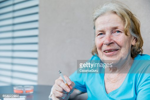 Adult Senior Woman In The Care Center Taking Break : Stock-Foto