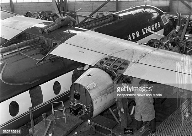 Aer Lingus staff working on servicing aircraft R3794 – R37803
