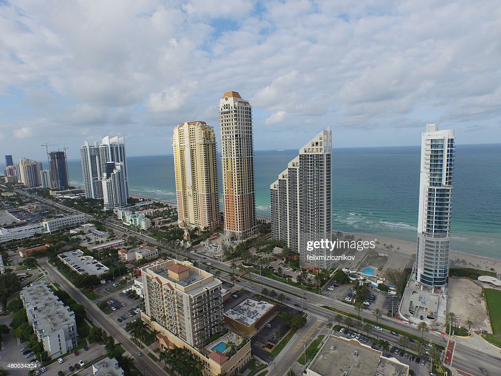 Aerial image of Sunny Isles skyscrapers : Stockfoto