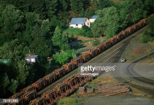 Aerial of a trainload of sawmill logs, Idaho : Foto de stock