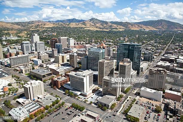 空から見たソルトレイクシティユタ州