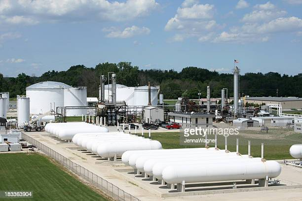 空から見た石油精製所