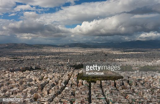Aerial view of Athens from mount Lycabettus : Foto de stock