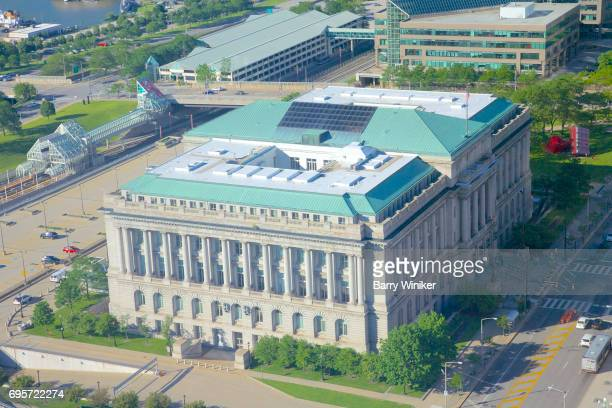 Aerial view of downtown Cleveland's City Hall