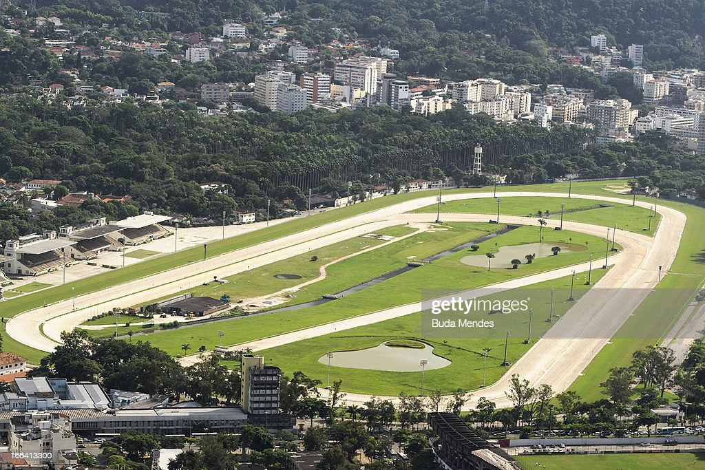 Aerial views of the venues of rio 2016 olympics getty images for Miroir club rio de janeiro