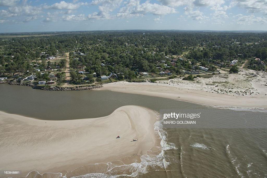 Aerial view of Neptunia, about 20 km east of Montevideo, Uruguay, taken on February 27, 2013. AFP PHOTO/Mario Goldman