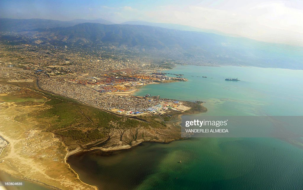 Aerial view of Port-au-Prince on February 27, 2013, taken from a Brazilian Air Force place. Brazilian troops were taken to Haiti for a UN peace mission. AFP PHOTO/VANDERLEI ALMEIDA