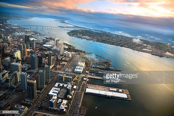 Vue aérienne de San Diego et Coronado