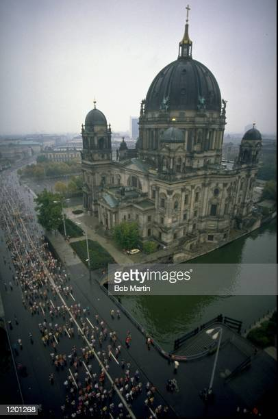 Aerial view of the competitors passing the Berlinerdome during the Berlin Marathon in Germany Mandatory Credit Bob Martin/Allsport