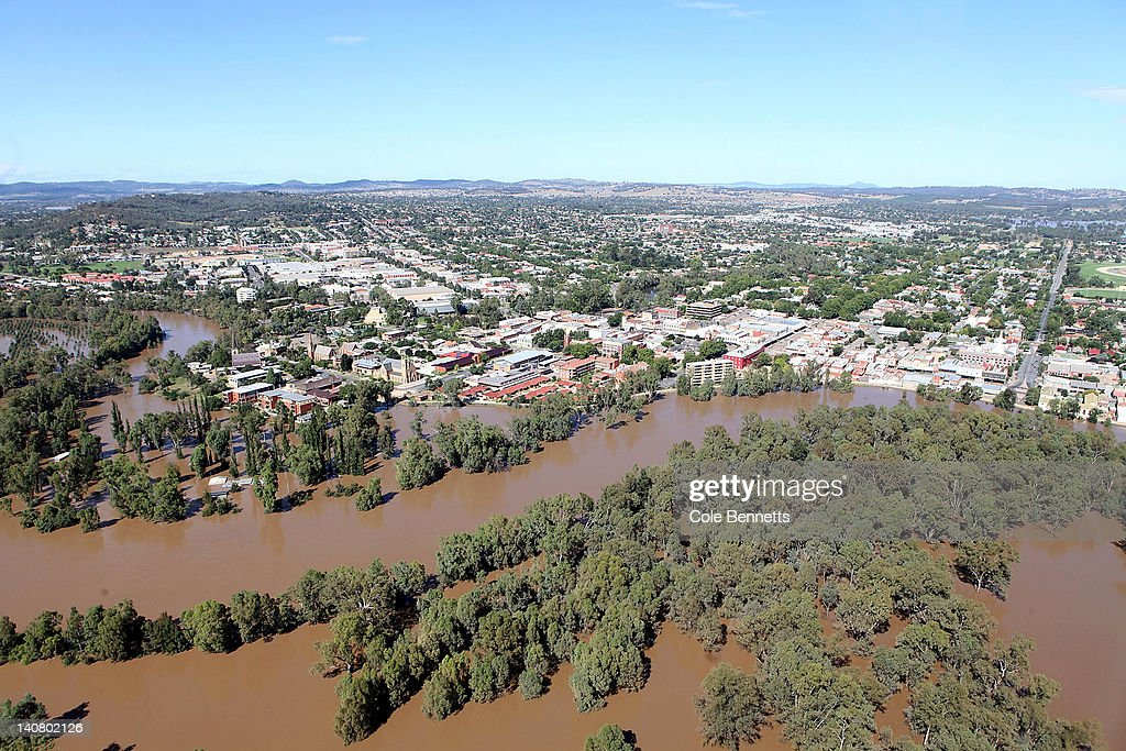 Aerial view of the levee bank holding back the massive flood waters on March 7, 2012 in Wagga Wagga, Australia. 9000 evacuated residents are waiting for authorities to survey the city's levee to determine if it is safe to return home, after flood waters peaked at 10.6 metres - less than the 10.9 metre peak predicted. Residents on Monday were instructed to evacuate and the town was declared a disaster zone with authorities predicting floodwaters to reach a level that would likely break the levee, flood the cities central district, and cause the worst flooding in decades.