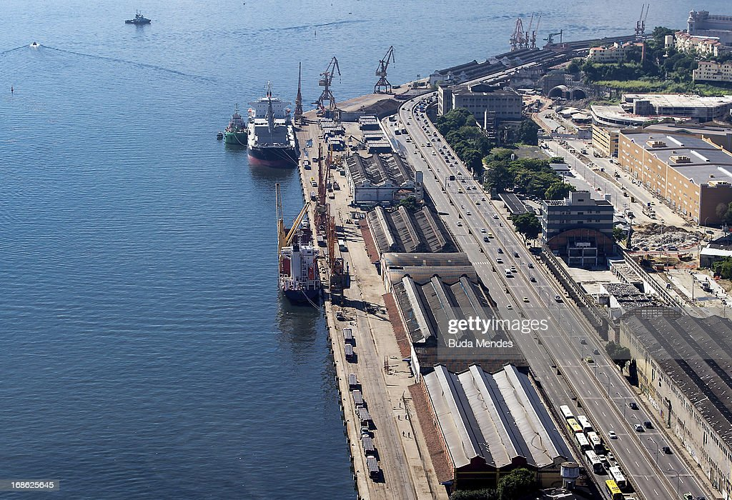 Aerial view of the Port Aarea on May 08, 2013 in Rio de Janeiro, Brazil. The Marvelous Port, will be the new complex of roads and tunnels that serve as an alternative to the High Perimeter begins to change the landscape of Port Region (Photo by Buda Mendes/LatinContent/Getty Images).
