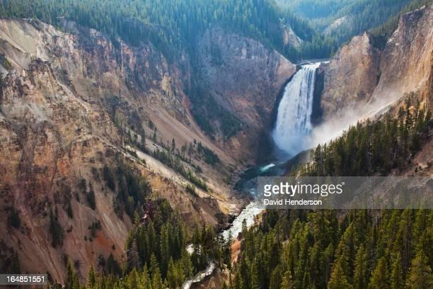Vue aérienne des chutes d'eau à rocky canyon