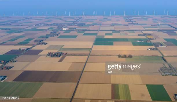 Luchtfoto op abstracte landbouw landschap in Flevoland, Nederland