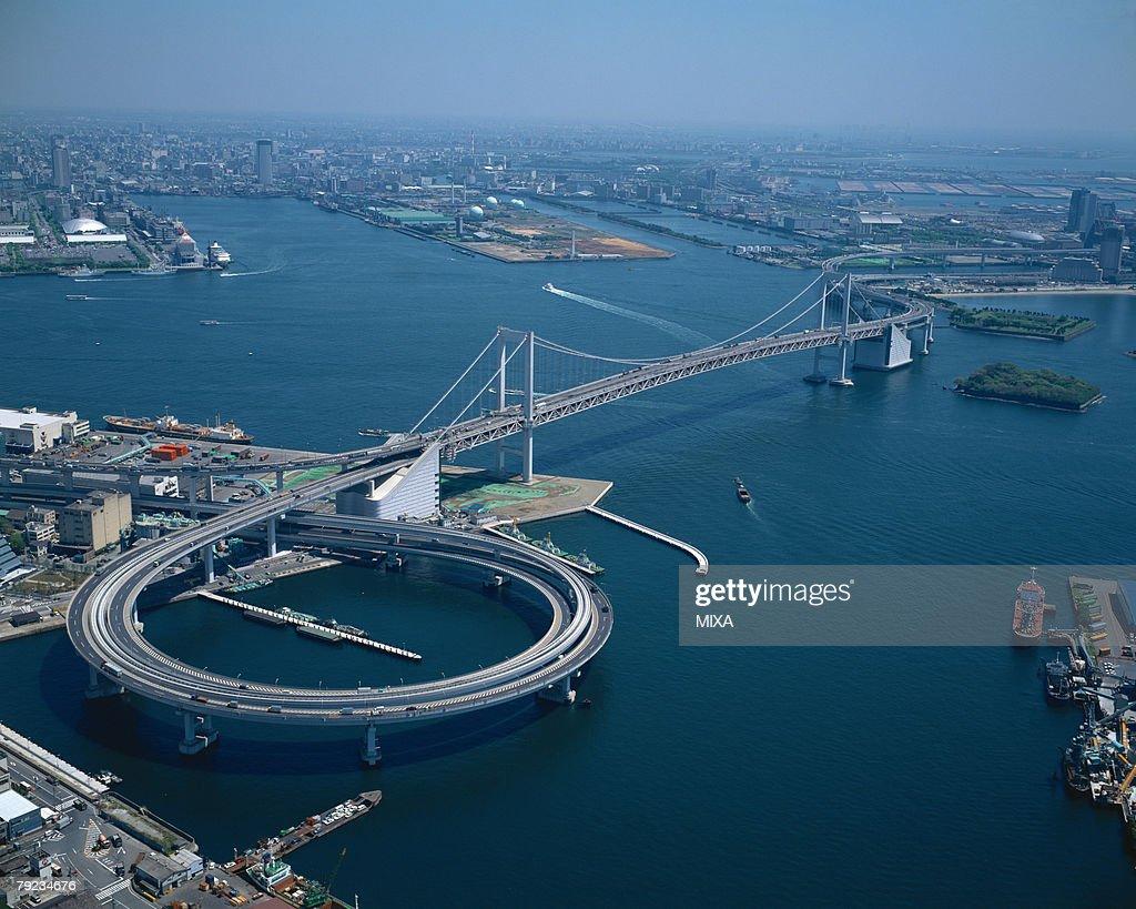 Aerial view, Rainbow Bridge, Tokyo, Japan : Stock Photo