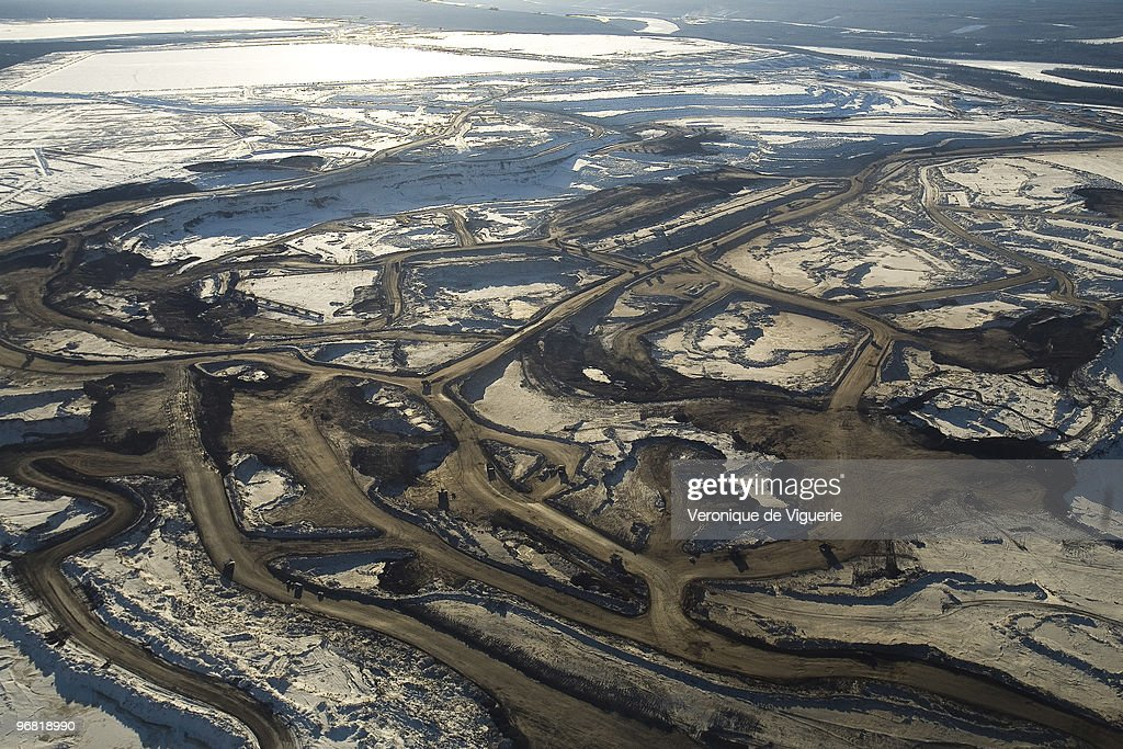 extract tar sands ltd. essay Let's take a closer look at the pros and cons of tar sands list of pros of tar sands 1 closer relationship between the united states and canada.