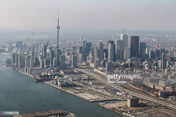 Aerials of the Gardiner Expressway looking North West from the Portlands Toronto Skyline December 12 2012 DAVID COOPER/TORONTO STAR
