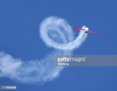 300 Flugzeug einen Aerobic stunt zusätzliche