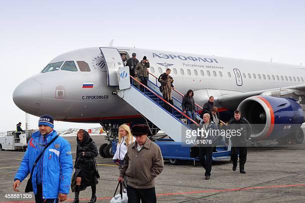Aeroflot Airbus A319 Unloading Passengers