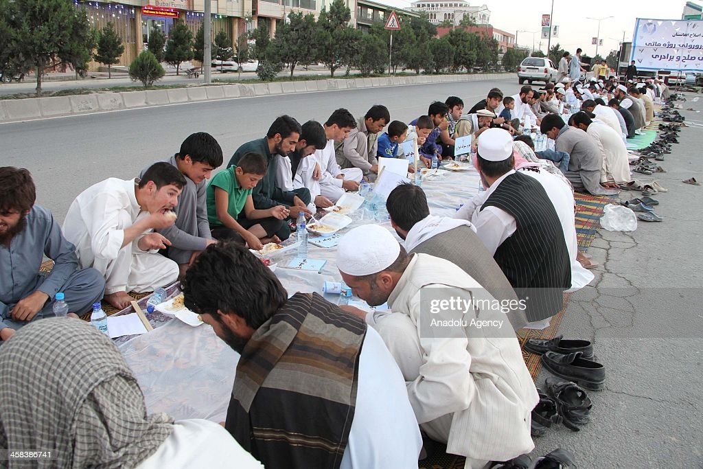 kabul muslim Islam in afghanistan began to be practiced after the arab islamic conquest of afghanistan from the 7th to the 10th centuries, with the last holdouts to conversion submitting in the late 19th century islam is the official state religion of afghanistan, with approximately 997% of the afghan population being muslim.