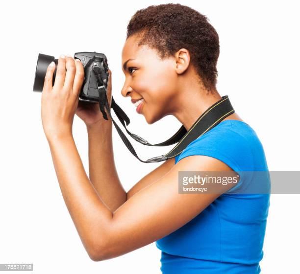 Fotógrafo afroamericana mujer tomando imagen aislado