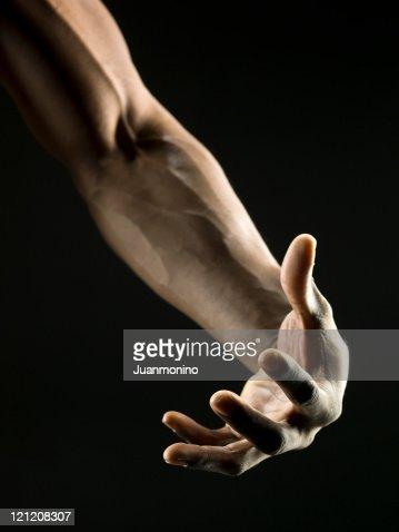 African American Man's brazo Muscular