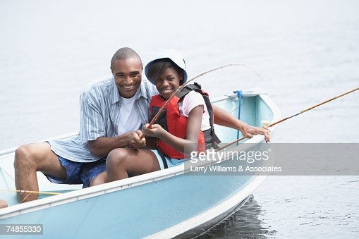 African father and daughter fishing : Foto de stock