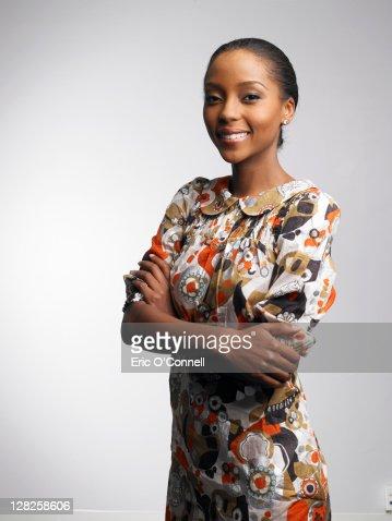 African-American woman in beauty poses : Bildbanksbilder