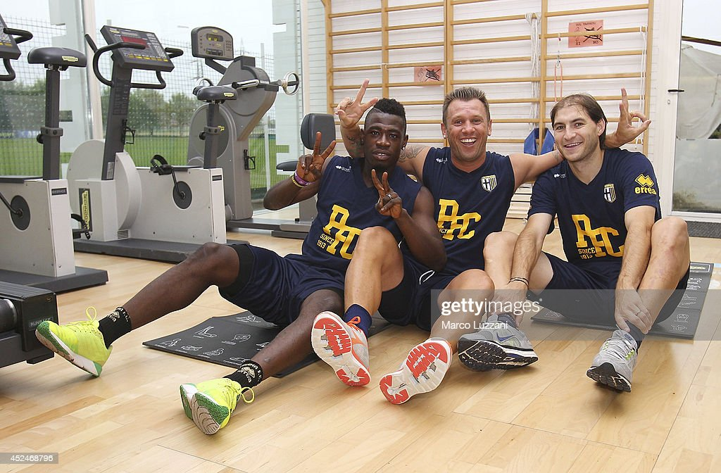 <a gi-track='captionPersonalityLinkClicked' href=/galleries/search?phrase=Afriyie+Acquah&family=editorial&specificpeople=7098690 ng-click='$event.stopPropagation()'>Afriyie Acquah</a>, <a gi-track='captionPersonalityLinkClicked' href=/galleries/search?phrase=Antonio+Cassano&family=editorial&specificpeople=214558 ng-click='$event.stopPropagation()'>Antonio Cassano</a> and Gabriel Alejandro Paletta of FC Parma pose as they trainsduring FC Parma Training Session at the club's training ground on July 21, 2014 in Collecchio, Italy.