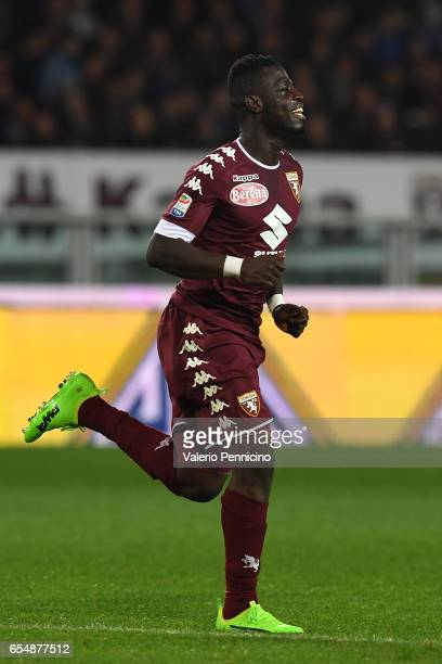 Afriyie Acquah of FC Torino celebrates a goal during the Serie A match between FC Torino and FC Internazionale at Stadio Olimpico di Torino on March...