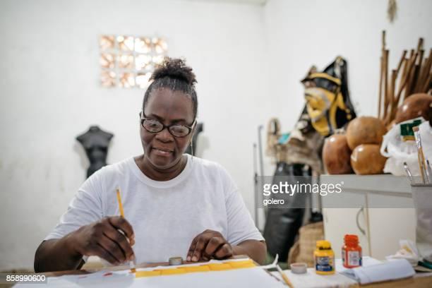 Afro-brasilianische Frau Malerei Textilien für Tracht